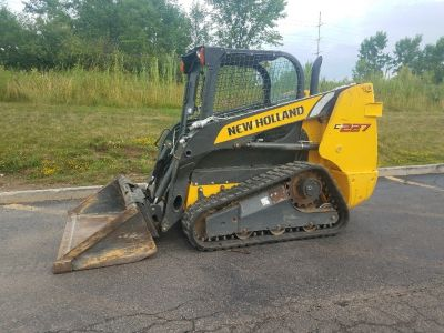 2015 New Holland Construction C227