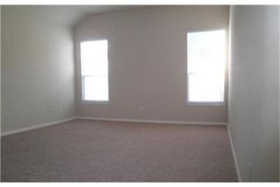 This rental is a The Woodlands apartment Sprite Woods.