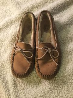 Women s size 11 ugg slippers