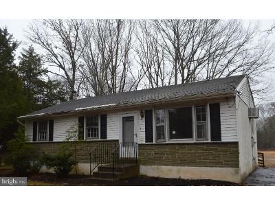 3 Bed 1.5 Bath Foreclosure Property in Franklinville, NJ 08322 - Stanton Ave
