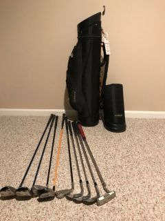Travel Golf Bag with assorted clubs