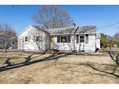 2 Bed 1 Bath Foreclosure Property in Oxford, MA 01540 - Rocky Hill Rd