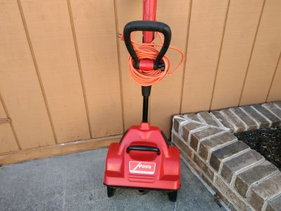 Electric snow shovel like new
