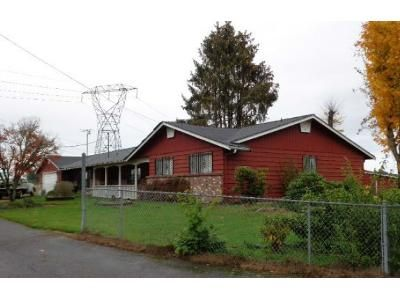 3 Bed 2 Bath Foreclosure Property in Spanaway, WA 98387 - 202nd St E 2223 202nd S