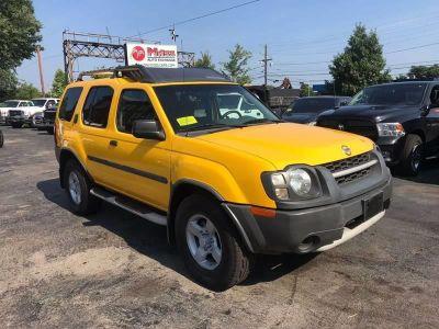 2004 Nissan Xterra XE (Yellow)