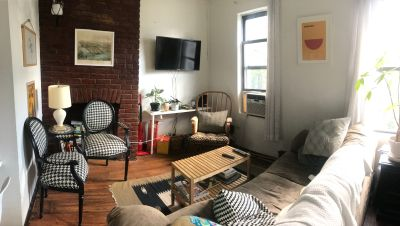 Charming Williamsburg Apt with Incredible Natural Light!!