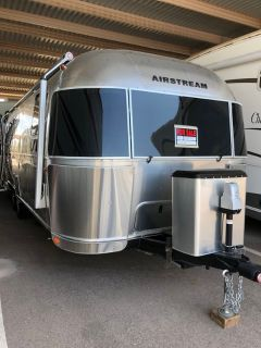 2017 Airstream International 27FB