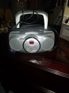 Portable am fm cd player