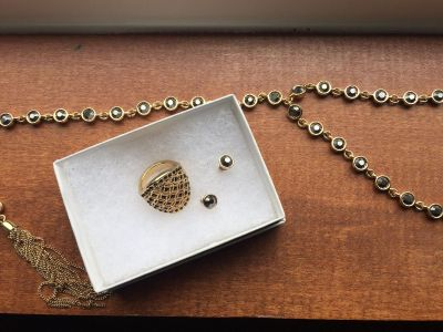 Avon Maya tasseled necklace, earrings and size 6 ring