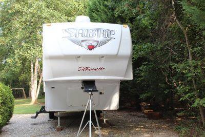 2011 Palomino Sabre Silhouette 320FQDS