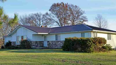 7459 County Road N ARPIN, RURAL RANCH - LOTS OF SPACE...this