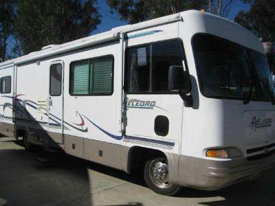 2000 Tiffin Motorhomes Allegro 31UW