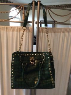 CLEARANCE ***Absoloutely GORGEOUS Handbag/Purse!!!!***MUST SEE