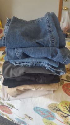 9 Pairs of Maternity Pants and Jeans Size Small and Medium