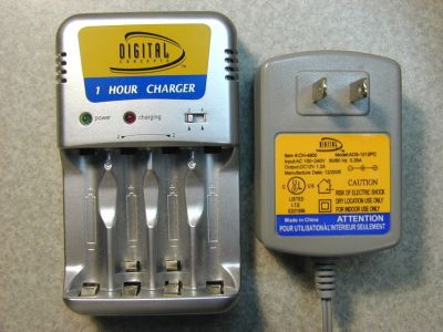 NiMH AA AAA Battery Fast Charger