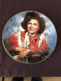 Patsy Cline musical plate. $20.00
