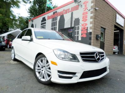 2012 Mercedes-Benz C-Class C300 4MATIC Luxury (Diamond White Metallic)