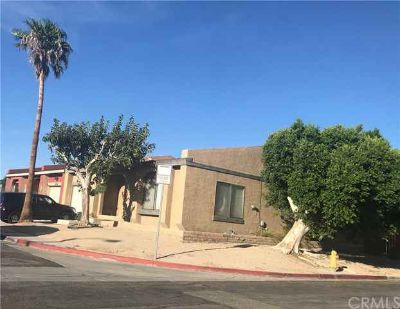 3230 N Sandspring Drive PALM SPRINGS Three BR, Priced to sell!