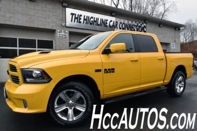 2016 RAM 1500 4WD Crew Cab Sport (Stinger Yellow Clear Coat)