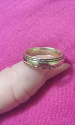 Antique 10k Gold Heavy Wedding Band