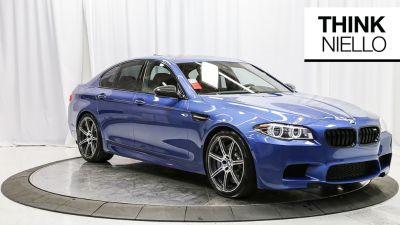 2016 BMW M5 Base (blue)