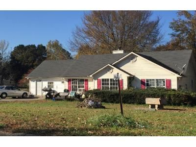 3 Bed 2 Bath Preforeclosure Property in Adairsville, GA 30103 - Manning Mill Way