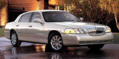 2005 Lincoln Town Car Executive (Silver Birch Clearcoat Metallic)