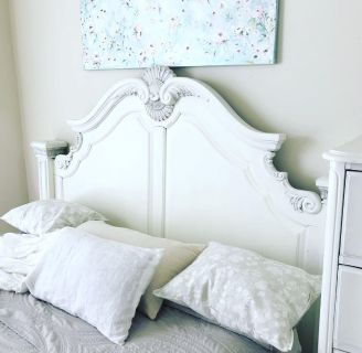 Shabby chic style headboard (Queen size)