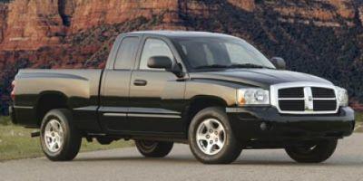 2005 Dodge Dakota Laramie (GOLD)