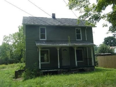 3 Bed 1 Bath Foreclosure Property in Bessemer, PA 16112 - W Beechwood Rd