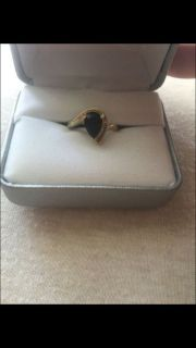 10k gold onyx and diamond ring