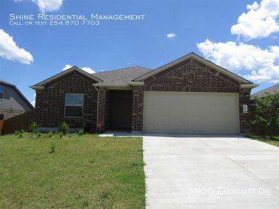 Single-family home Rental - 3806 Endicott Dr