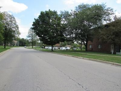 2 Bed 2 Bath Preforeclosure Property in Glendale Heights, IL 60139 - Shorewood Dr Apt 2b
