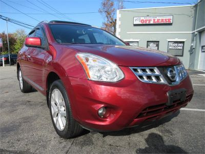 2012 Nissan Rogue S (Red)