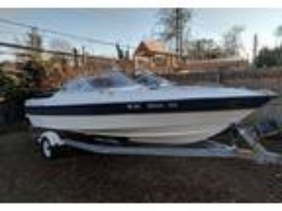 2003 Bayliner Capri-1950-Bowrider Power Boat in St James, NY