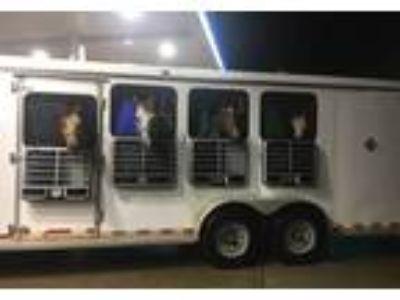 2003 Horton 4-Horse-Trailer Travel Trailer in Waverly, NE