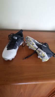 Softball cleats womens sz 6