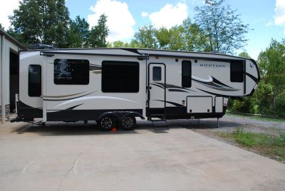 2016 Keystone Montana High Country 353RL