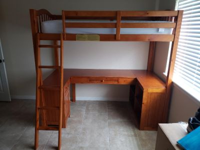 Loft bed twin with desk under