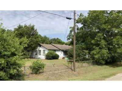 3 Bed 2 Bath Foreclosure Property in Waco, TX 76705 - Old Fort Graham Rd