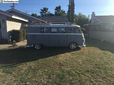 1964 VW Kombi bus