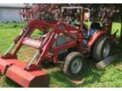 2000 Massey Ferguson 1260 Agriculture in Honey Brook, PA