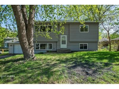 2 Bed 1 Bath Foreclosure Property in Mound, MN 55364 - Cavan Rd