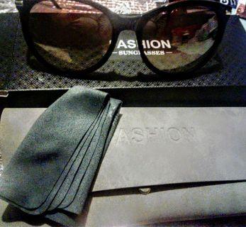 Avoalre Women's Retro Polarized Sunglasses