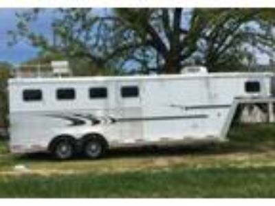 2005 Exiss Big-Sky Travel Trailer in Stover, MO