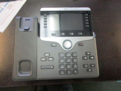 Lot of (7) Cisco CP-8841 Gigabit IP Phones RTR# 9043939-01