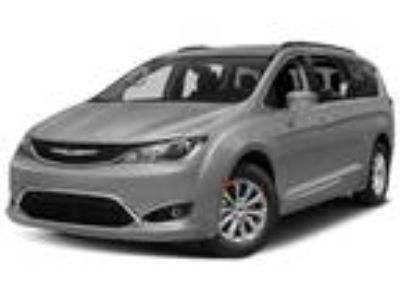new 2019 Chrysler Pacifica for sale.