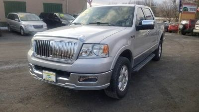2006 Lincoln Mark LT Base 4dr SuperCrew 4WD SB