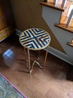 Side / End Table
