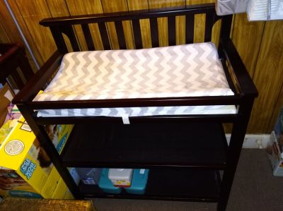 GRACO Brown Wooden Changing Table